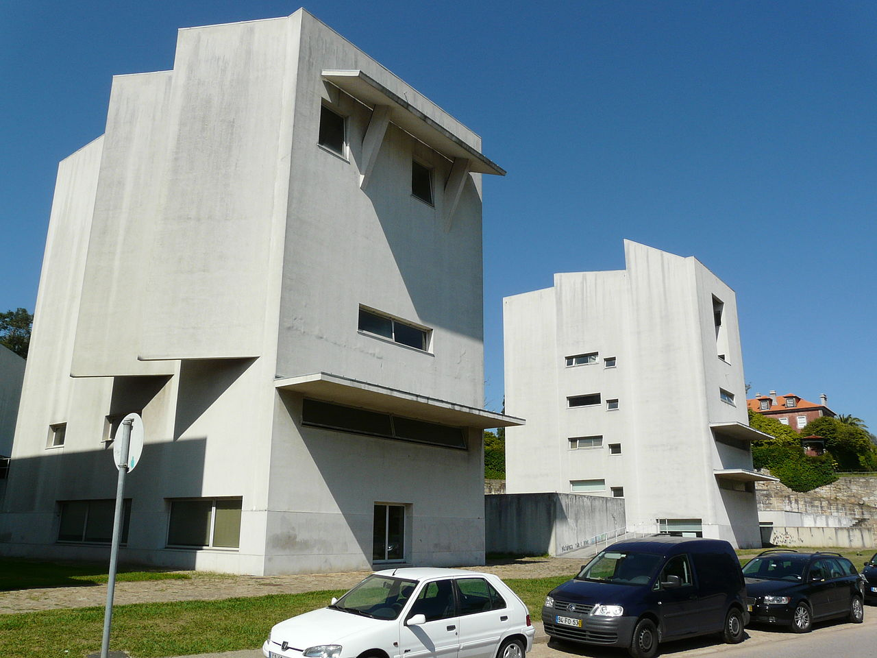 On the campus of Porto's Faculty of Architecture